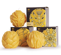 eco friendly sculpted beeswax candles
