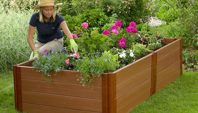 composite garden boxes made from hardwood and recycled plastic
